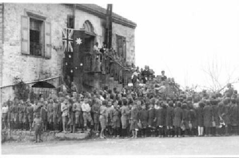 response to armenian genocide The armenian genocide (armenian: հայոց ցեղասպանություն, hayots tseghaspanutyun), also known as the armenian holocaust, was the ottoman government's systematic extermination of 15 million armenians, mostly citizens within the ottoman empire.